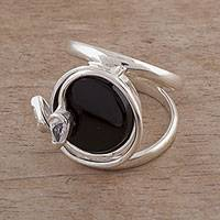 Onyx cocktail ring, 'Nocturnal Creeper' - Onyx and Sterling Silver Cocktail Ring from Peru