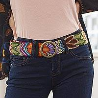 Wool belt, 'Inca Flowers' - Hand-Embroidered Floral Wool Belt from Peru