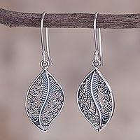 Sterling silver filigree dangle earrings, 'Spiraling Veins' (Peru)