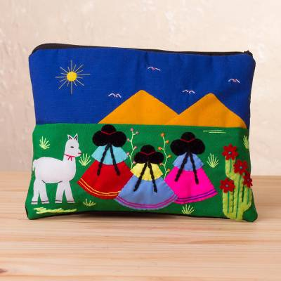Cotton blend cosmetic bag, 'Walk in the Countryside' - Handcrafted Cotton Blend Patchwork Cosmetic Bag from Peru