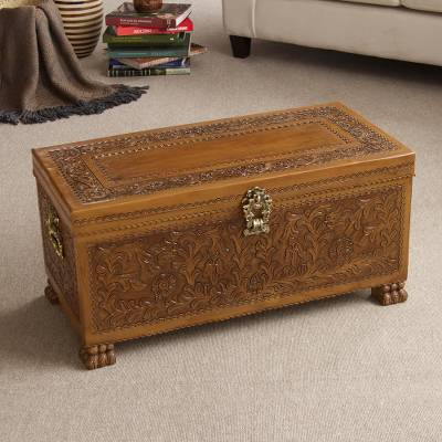 Leather and cedar wood chest, 'Majestic Memories' - Handcrafted Cedar Wood Chest from Peru