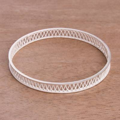 Sterling silver filigree bangle bracelet, 'Infinity Filigree' - Handcrafted Sterling Silver Filigree Bangle Bracelet
