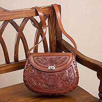 Leather sling, 'Daisy Bouquet' - Handcrafted Floral Leather Sling Handbag from Peru