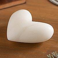 Huamanga stone sculpture, 'Sweet Little Love' - Artisan Crafted Heart-Shaped Huamanga Stone Figurine