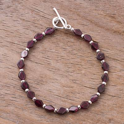 Garnet beaded bracelet, 'Gemstone Rhombi' - Natural Garnet Beaded Bracelet from Peru