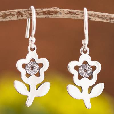 Sterling silver filigree dangle earrings, 'Colonial Margaritas' - Floral Sterling Silver Filigree Dangle Earrings from Peru