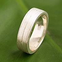 Men's sterling silver band ring, 'Frosted Glow' - Handmade Men's Frosted Texture Sterling Silver Band Ring