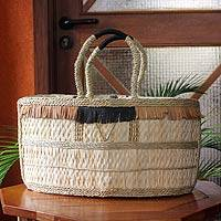 Natural fiber handbag, 'Shopping Basket' - Handwoven Natural Fiber Handbag