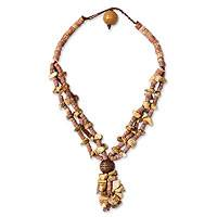 Agate and bauxite beaded necklace,