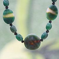 Quartz and onyx beaded necklace,