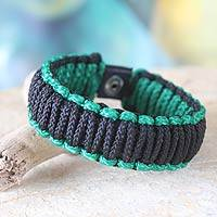 Men's wristband bracelet, 'Amina in Black and Emerald' - Men's wristband bracelet
