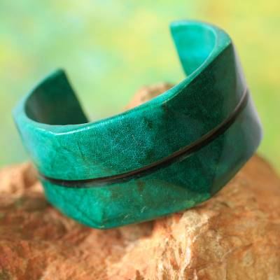 Leather cuff bracelet, 'Wend Konta in Mint' - Handcrafted Leather Cuff Bracelet