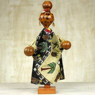 Decorative calabash puppet, Musical Gown Wearer