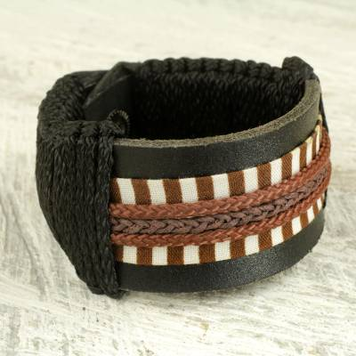 Mens leather wristband bracelet, Hausa Dau