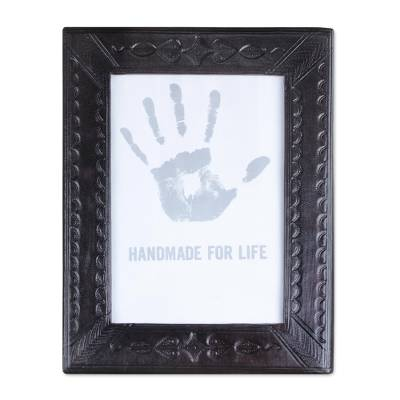 Handcrafted Leather Photo Frame in Espresso (4x6)