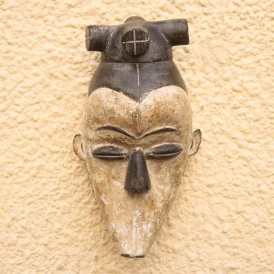 Wood mask, 'Fang Legend' - Fang Style Wood Wall Mask from Ghana