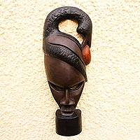 Wood statuette Build on the Past Ghana