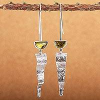 Amber dangle earrings, 'Sunbeams' - Amber dangle earrings