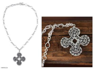 Sterling silver flower necklace, 'Medieval Chic' - Sterling silver flower necklace