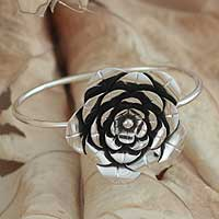 Silver floral bracelet, 'Rose Crown'