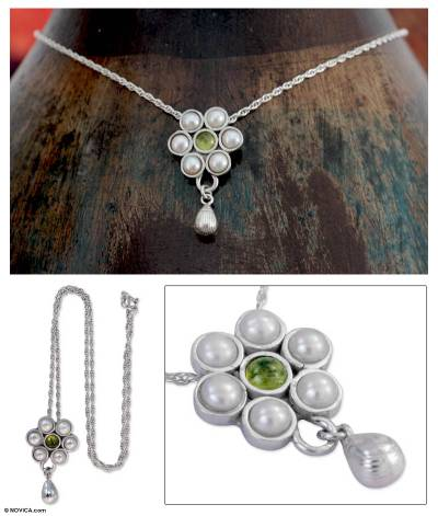 Cultured pearl and peridot flower necklace, 'Spring Bloom' - Cultured Pearl and Peridot Flower Necklace