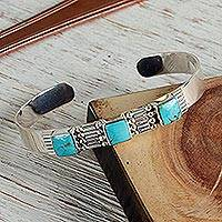 Turquoise cuff bracelet, 'Aztec Crown' - Hand Crafted Mexican Taxco Silver Cuff Natural Turquoise
