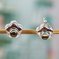 Peridot flower earrings,