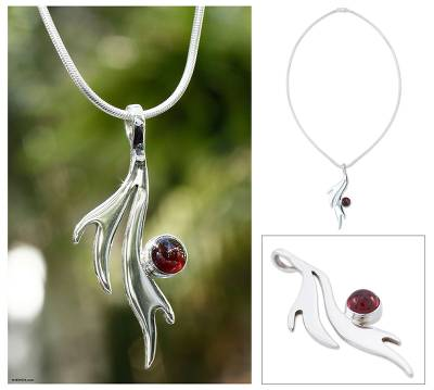 Garnet pendant necklace, Free Spirit