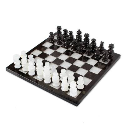 Onyx and marble chess set, 'Triumph' - Collectible Stone Chess Set