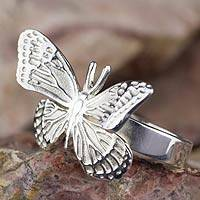 Sterling silver cocktail ring, 'Monarch Butterfly' - Fair Trade Taxco Silver Butterfly Ring