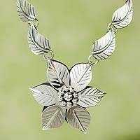 Sterling silver flower necklace,