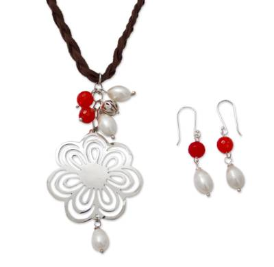 Handcrafted Leather and Silver Necklace with Pearl and Agate