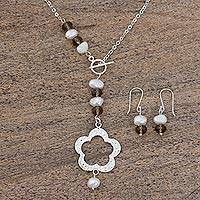Cultured pearl jewelry set, 'Yuriria Flower' - Handcrafted Cultured Pearl and Mexican Silver Jewelry Set