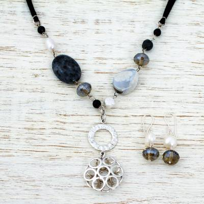Multi-gemstone jewelry set, 'Ajijic Garden' - Sterling Silver Pearl Jewelry Set with Labradorite and Agate