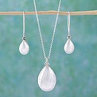 Sterling silver jewelry set, 'Precious Dewdrop' - Mexican Silver Artisan Crafted Set of Necklace and Earrings