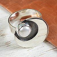 Cultured pearl cocktail ring, 'Iridescent Moon' - 950 Silver and Pearl Moon Ring Mexico Taxco Jewelery