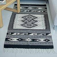 Zapotec wool rug, 'Grey Skies' (2.5x5) - Handwoven Green and Earthtone Zapotec Area Rug (2.5 x 5)