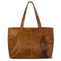 Leather shoulder bag, 'Capacious in Chestnut Brown' - Roomy Chestnut Brown Artisan Crafted Leather Shoulder Bag