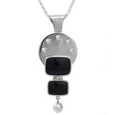 950 Silver Obsidian Pendant Necklace from Mexico