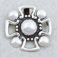 Sterling silver brooch pendant, 'Cross' - Mexican Style 925 Silver Christian Cross Brooch Pendant