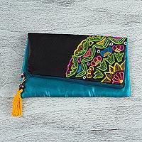 Silk clutch,