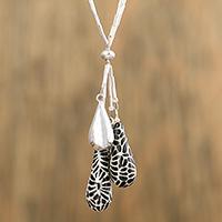 Ceramic pendant necklace, 'Raven Flowers' (Mexico)