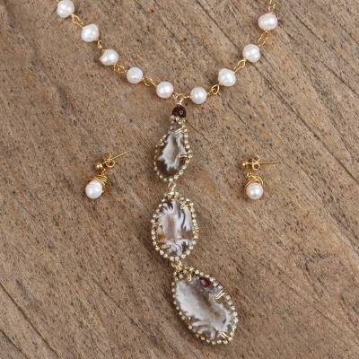 Gold plated agate geode and cultured pearl jewelry set, Unique Wonder