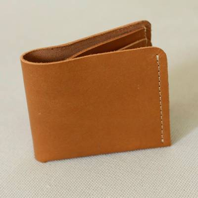 Mens leather wallet, Essentials