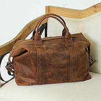 Leather duffel bag, 'Overnighter' - Handcrafted Rugged Brown Pigskin Leather Overnight Bag