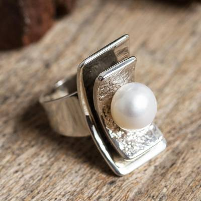 Cultured pearl cocktail ring, 'Glowing Mystery' - Modern Cultured Pearl Cocktail Ring from Mexico