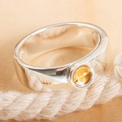 Citrine single-stone ring, 'Focal Point' - Hand Crafted Citrine Ring