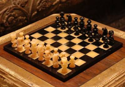 Handmade stone chess set orange onyx and black novica - Granite chess set ...