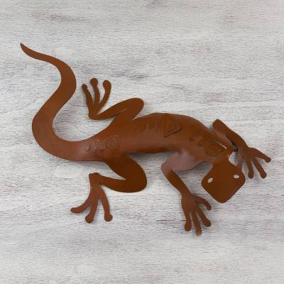 Iron wall adornment, 'Spying Gecko' - Unique Steel Lizard Wall Art