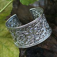 Sterling silver cuff bracelet, 'Floral Lace' (Thailand)
